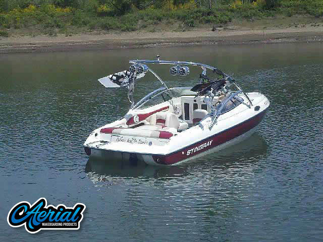 1998 Stingray cs200 Wakeboard Tower, speakers, racks, bimini