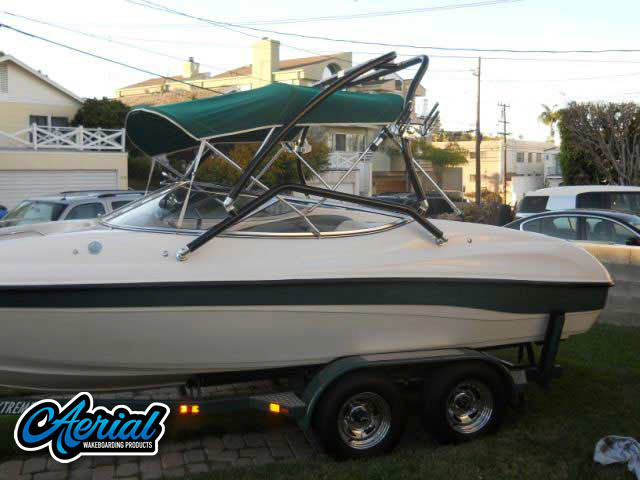 1999 Ebbtide Campione Wakeboard Tower, speakers, racks, bimini