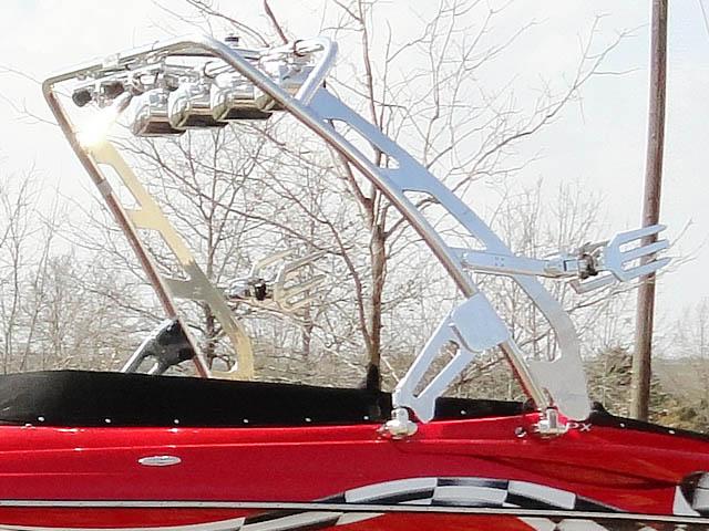 2009 Crownline LPX wakeboard tower, speakers, racks, bimini & lights
