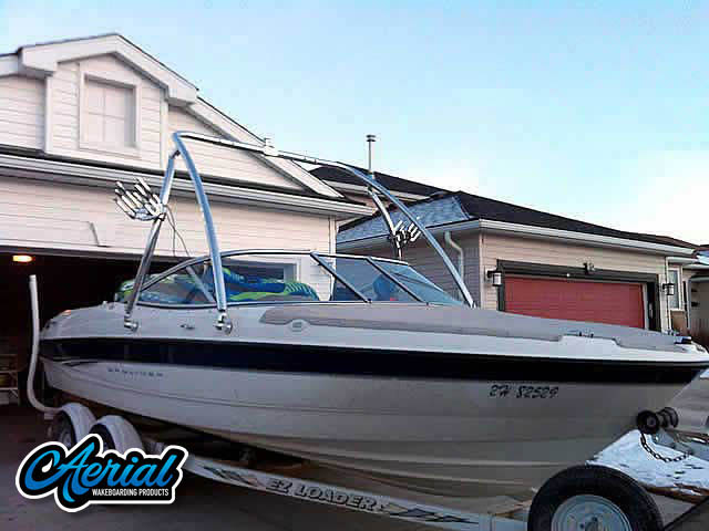 View wakeboard tower and accessories on a 2003 Bayliner 205