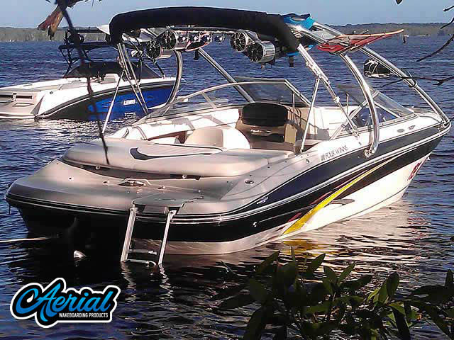 Wakeboard tower for 2007 Four Winns with