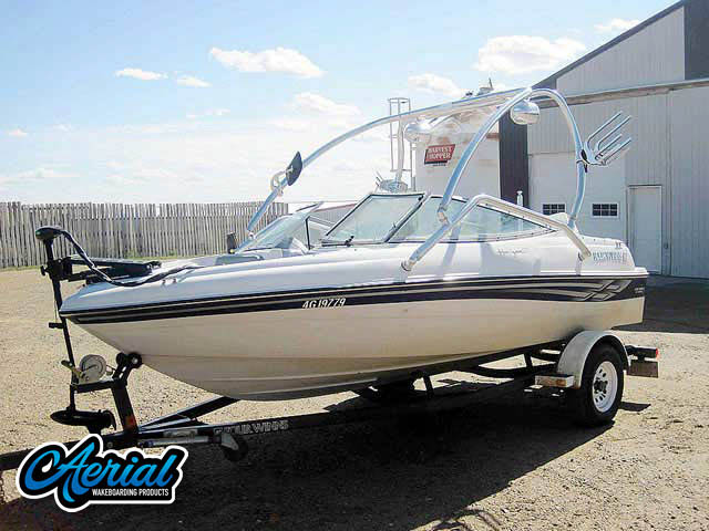 Wakeboard tower for 2001 Four Winns Horizon 170 with Airborne Tower