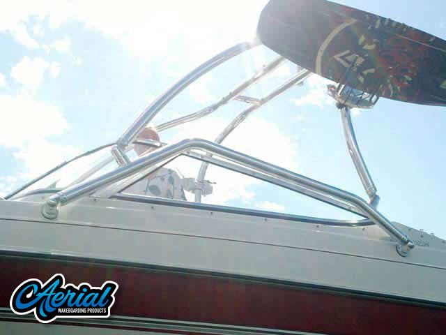 1995 Four Winns Horizon 200 Wakeboard Tower, speakers, racks, bimini