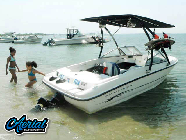 2005 Bayliner 175BR Wakeboard Tower, speakers, racks, bimini