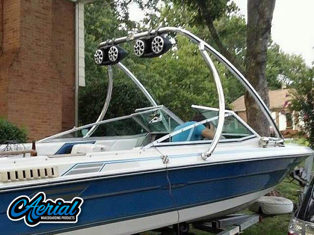 1986 Sea Ray Seville Wakeboard Tower, speakers, racks, bimini