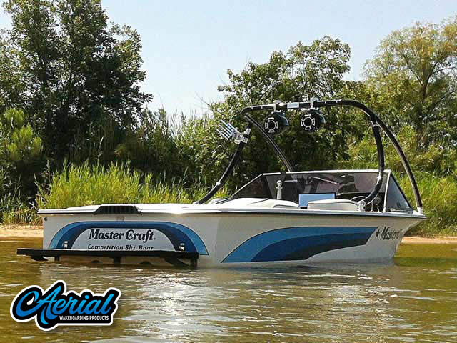 Aerial Ascent Tower on a 1986 Mastercraft ProStar 190 boat