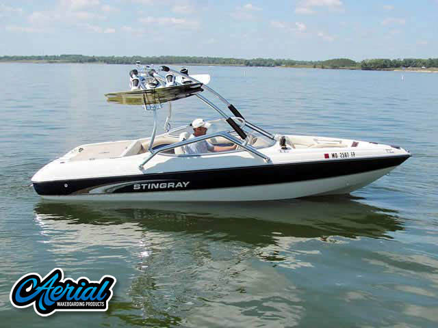 Wakeboard tower for 2001 Stingray 190 FS boat featuring Aerial's Airborne Tower