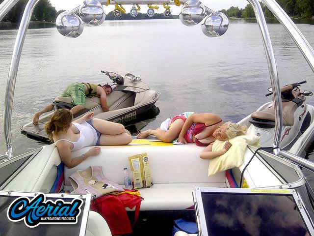 View wakeboard tower and accessories on a Baja Islander 180 1997