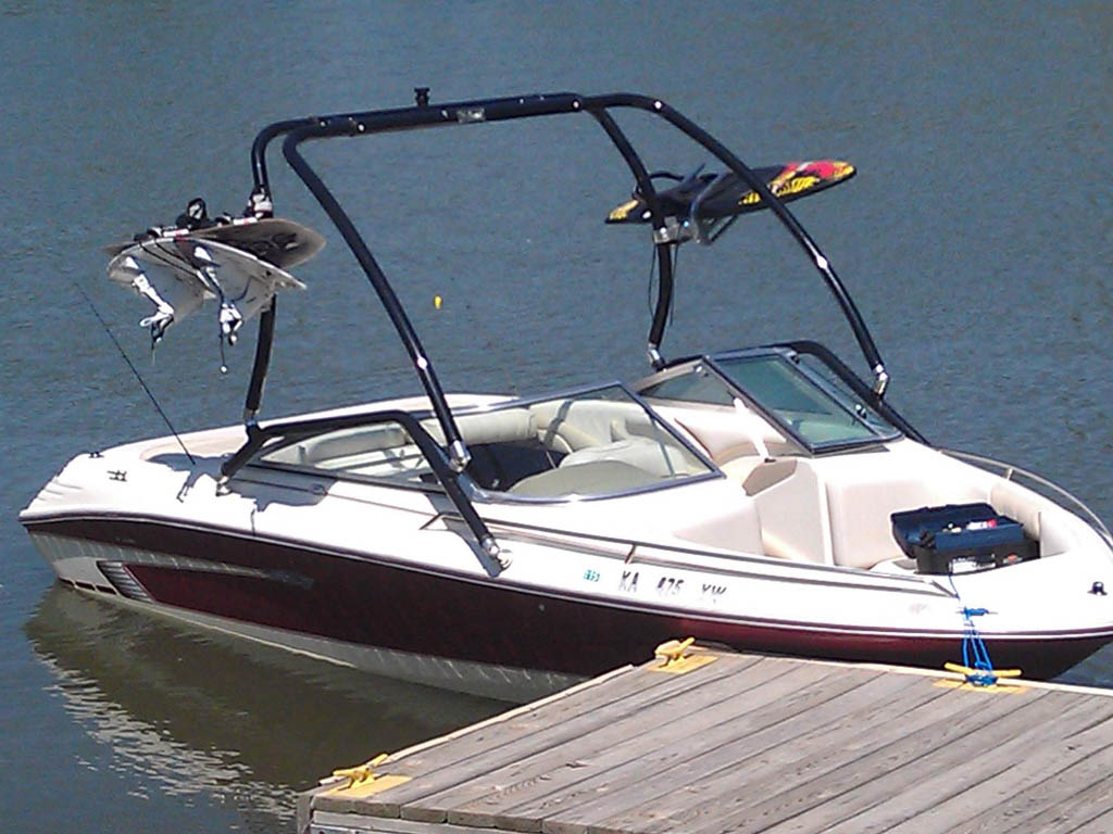 1994 Sea Ray Wakeboard Tower, speakers, racks, bimini