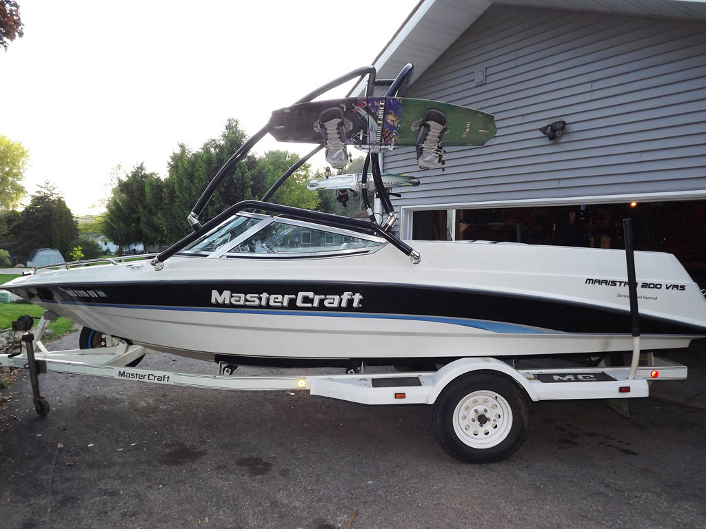 Wakeboard tower package on a 1995 Mastercraft Maristar 200VRS with an Aerial Airborne Tower