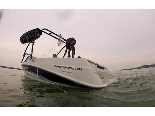 1995 Mastercraft Maristar 200VRS Wakeboard Tower, speakers, racks, bimini