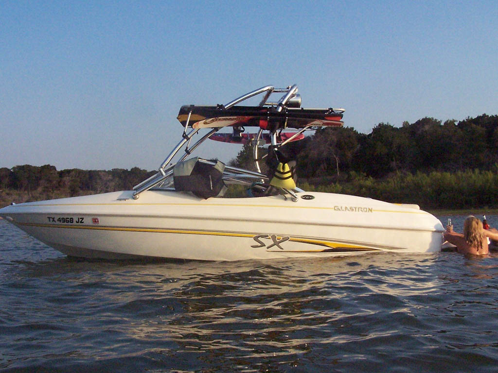 Wakeboard tower for 2004 Glastron SX195 with Airborne Tower