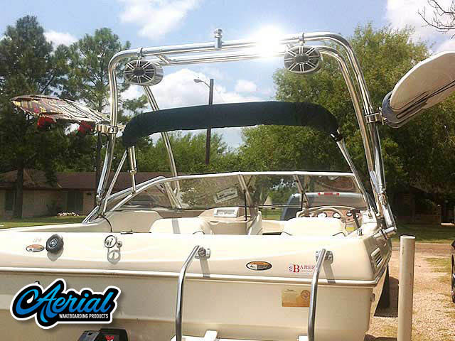 2000 Bayliner Capri 1950 Wakeboard Tower, speakers, racks, bimini