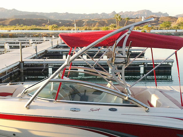 2005 Chaparral  wakeboard tower, speakers, racks, bimini & lights