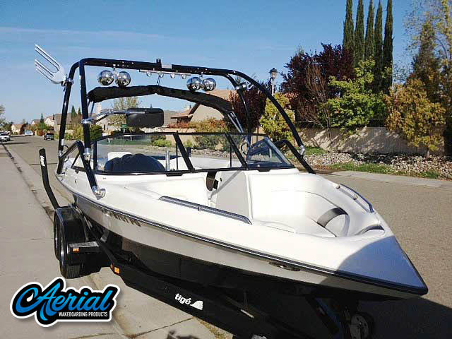 1998 Tige pre2200i Wakeboard Tower, speakers, racks, bimini