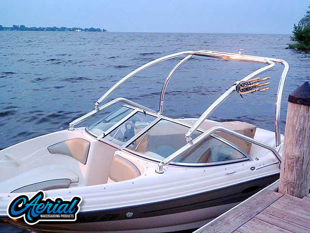 2005 Sea Ray 180  Wakeboard Towers