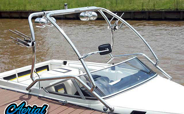 1989 Mastercraft TriStar 190 Wakeboard Towers