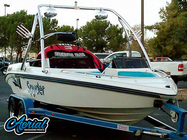 1993 Seaswirl Spyder 188 Wakeboard Tower, speakers, racks, bimini