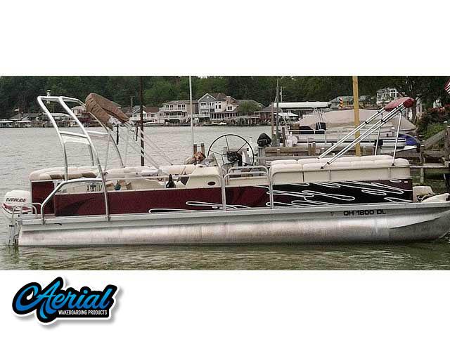 2000 Bennington 2575LX wakeboard tower