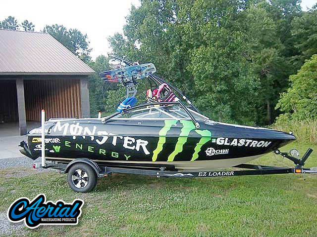2000 Glastron GSX205 wakeboard tower, speakers, racks, bimini & lights