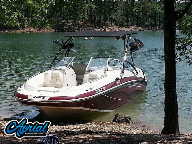 Wakeboard tower for 2007 Tahoe 265 boat featuring Aerial's Assault Tower with Eclipse Bimini