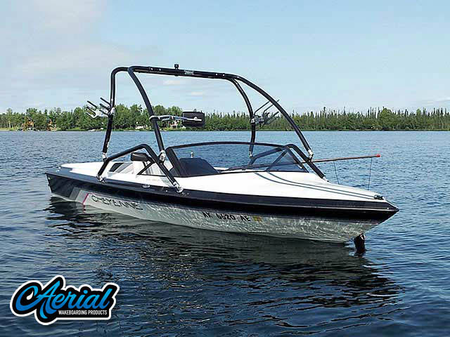 1994 Cheyenne Elite Wakeboard Tower, speakers, racks, bimini