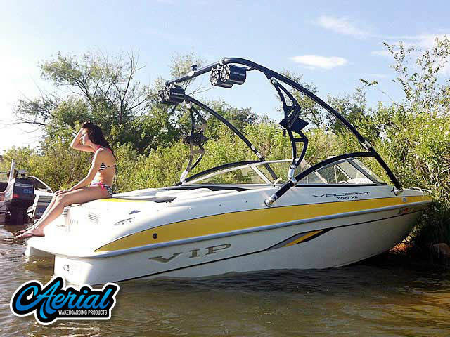 Wakeboard tower for 2002 VIP Valiant 1996  boat featuring Aerial's Assault Tower