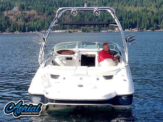 2003 Doral 245 CU Wakeboard Tower, speakers, racks, bimini