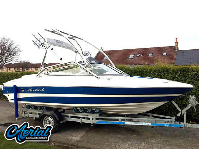 2008 Mariah FS18 Wakeboard Tower, speakers, racks, bimini