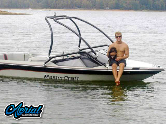 View wakeboard tower and accessories on a 1987 Mastercraft Prostar 190