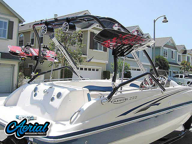 Wakeboard tower for Tahoe 222 boat featuring Aerial's Airborne Tower