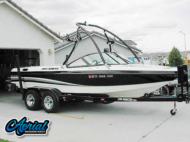 Aerial Ascent Tower on a 2002 MB Sports Boss190 boat