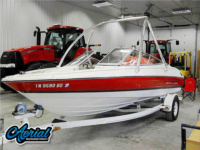1996 Bayliner 2050SS Wakeboard Towers