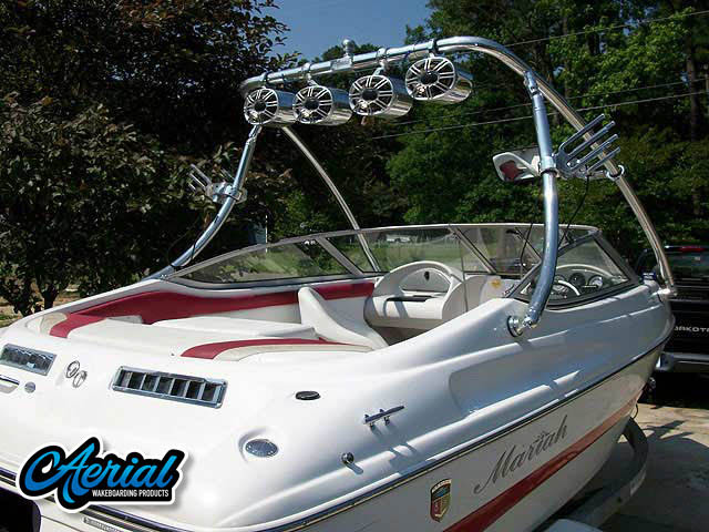 2004 Mariah SX18 Wakeboard Tower, speakers, racks, bimini