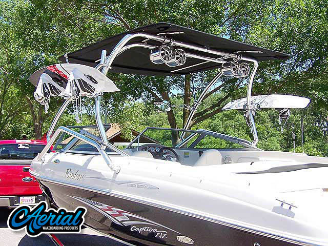 2005 Rinker Wakeboard Tower, speakers, racks, bimini