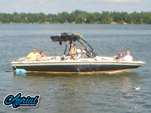 "1986 Supra Saltare 22'8"" Wakeboard Tower, speakers, racks, bimini"