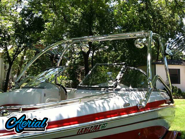 2007 Tahoe Q7i wakeboard tower, speakers, racks, bimini & lights