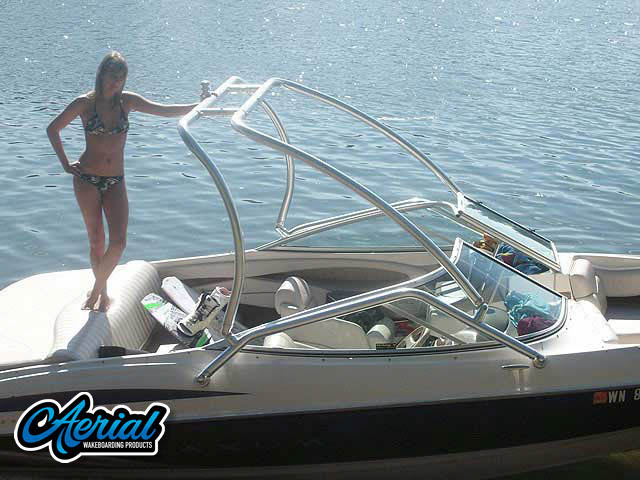 Wakeboard tower for 2000 Maxum SR21 with Airborne Tower