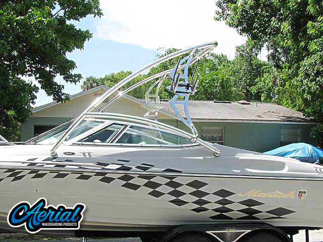 2001 Mariah 212 ltd. with 350 mag Wakeboard Tower, speakers, racks, bimini