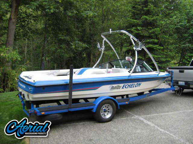 1994 Malibu Echelon Wakeboard Tower, speakers, racks, bimini