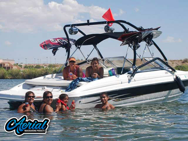 2006 seaswirl 210 Wakeboard Tower, speakers, racks, bimini