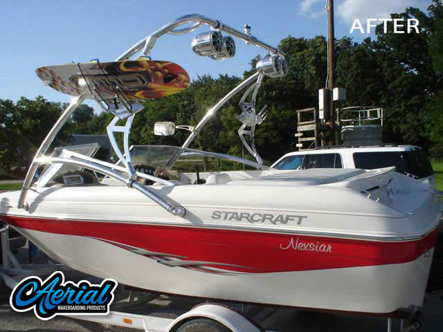 Aerial Assault Tower on a 2003 StarCraft boat