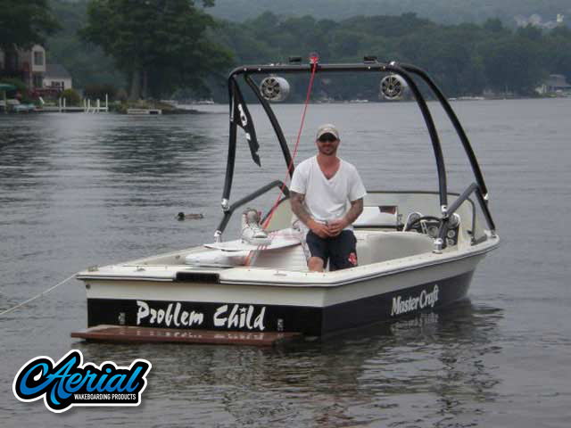 1982 Mastercraft 190 Wakeboard Tower, speakers, racks, bimini