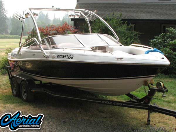 2004 Four Winns Horizon 200 SS Edition Wakeboard Tower, speakers, racks, bimini