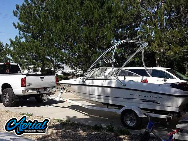 2005 Bayliner Bowrider 185 Wakeboard Towers