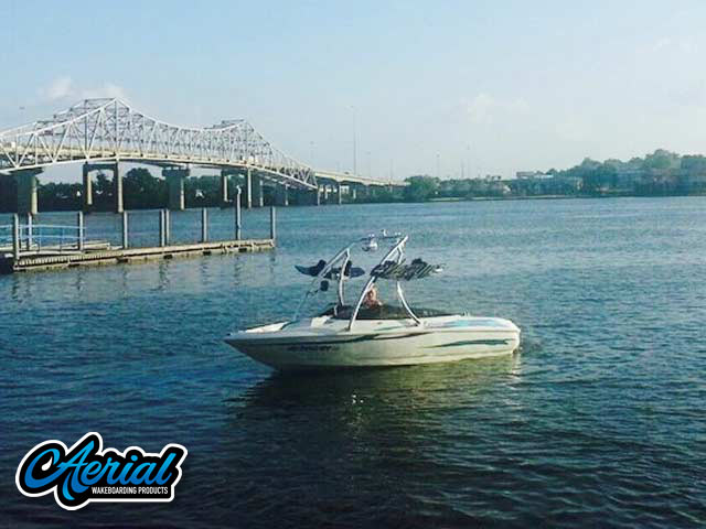 2005 Bayliner Bowrider 185 Wakeboard Tower, speakers, racks, bimini