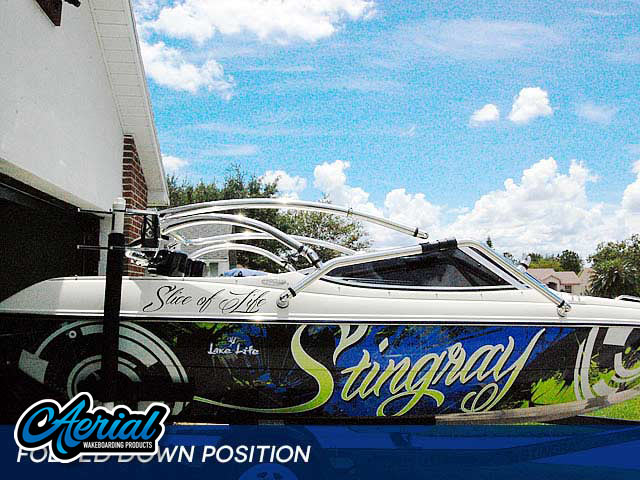 1999 Stingray 190lx Wakeboard Tower, speakers, racks, bimini