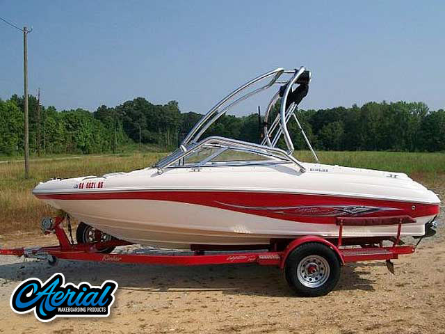 2004 Rinker 192  Wakeboard Tower, speakers, racks, bimini