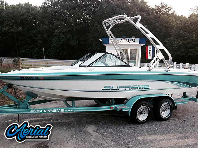 1991 Ski Supreme Wakeboard Tower, speakers, racks, bimini