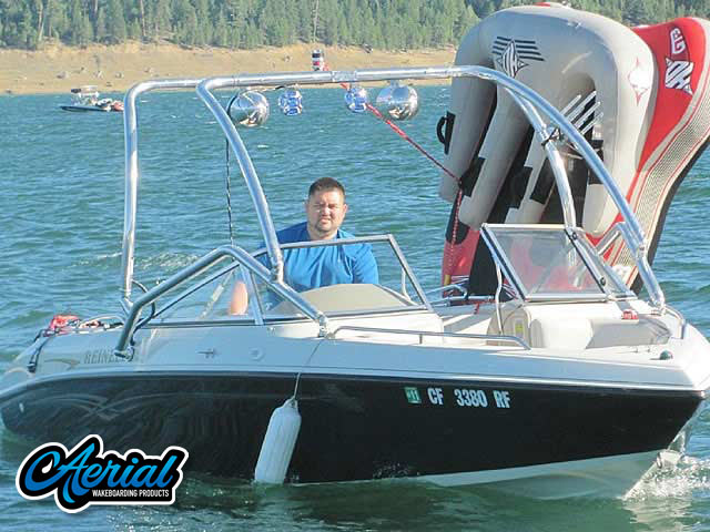 Airborne Tower Wakeboard Installed on 2004 REINELL 20' 207 Model Boat